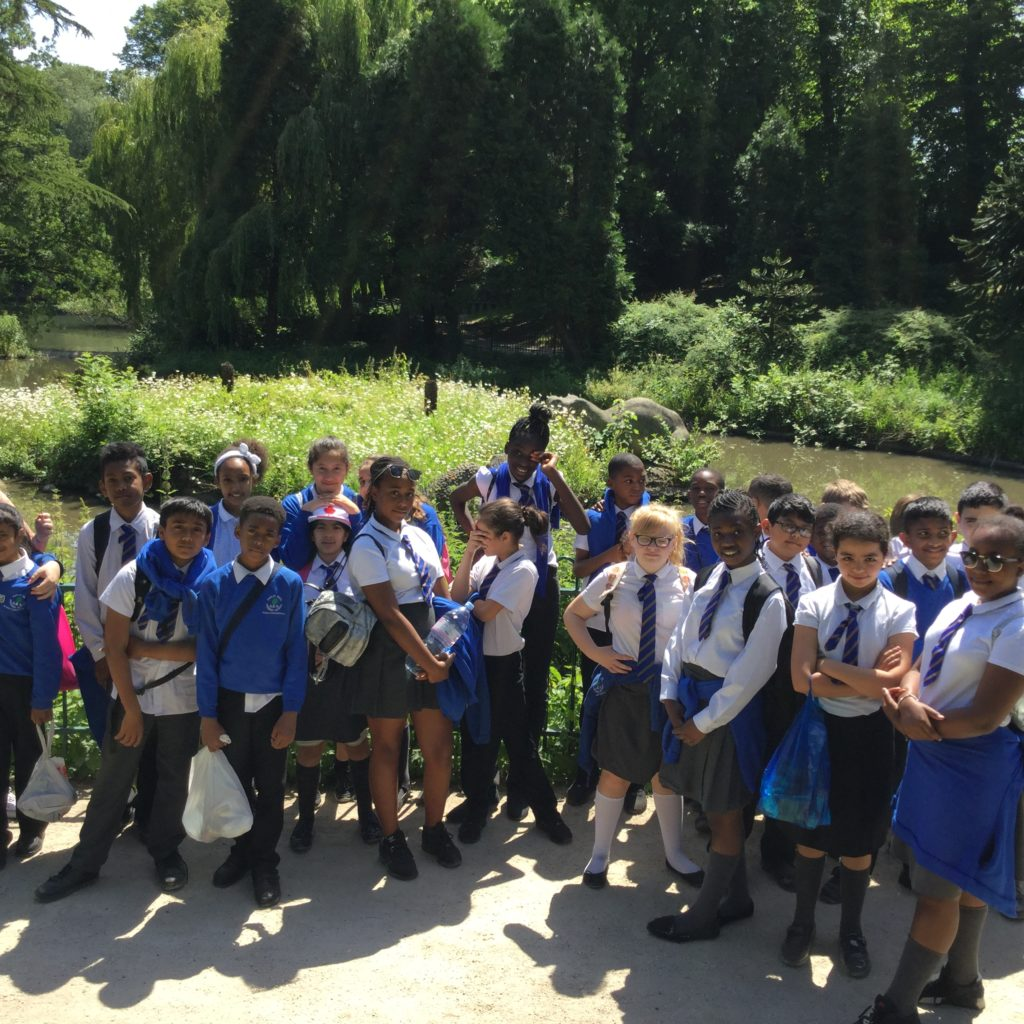 6H exploring the park...